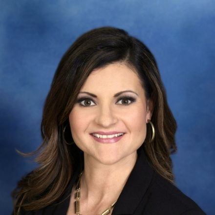 Anne Stewart headshot, owner of Buyers Agent Portland