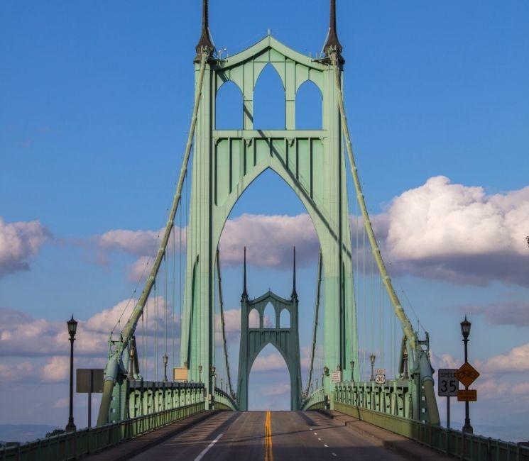 St Johns Bridge in North Portland Oregin, Buyers Agent Portland