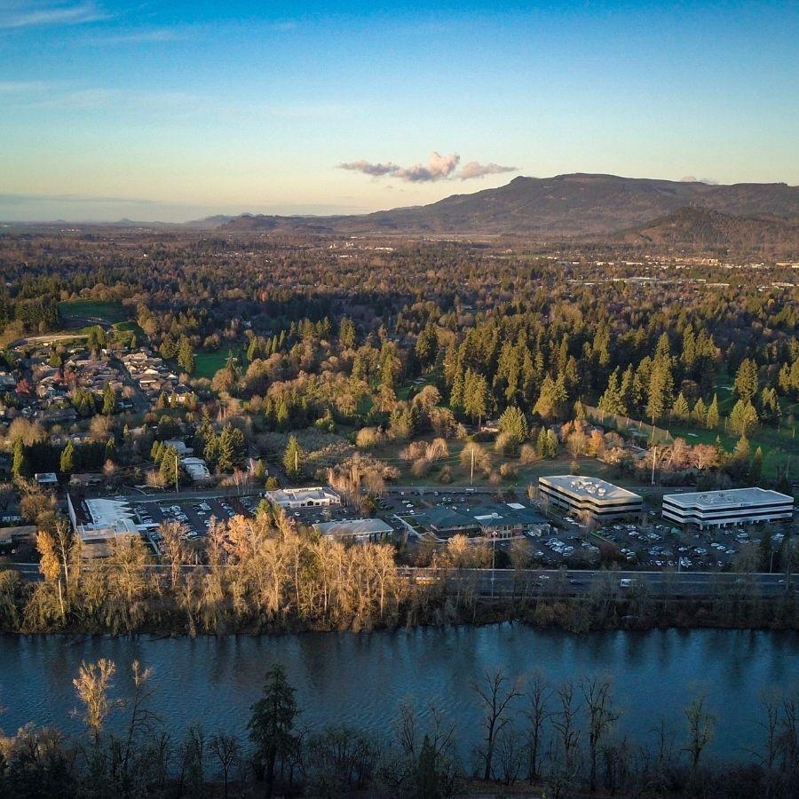 Portland Oregon suburbs east of the Willamette River